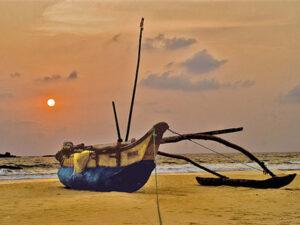 bentota-beach-hayalanka