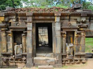 polonnaruwa-srilanka-hayalanka